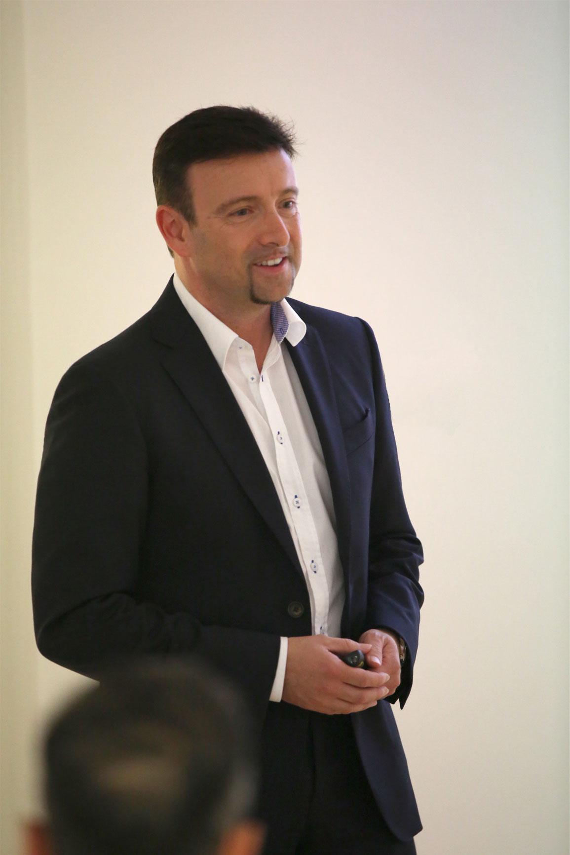 Fast Group - Marco Greppi CEO - Fast Group progetta, sviluppa ed implementa soluzioni ICT ad alto valore aggiunto, per far crescere la tua Azienda e il tuo business